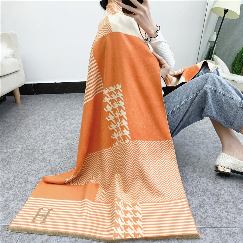 New Cashmere Like Scarf Women's Autumn Travel National Style Shawl Thousand Bird Check Wave Pattern Thickened Warm Scarf 190*65