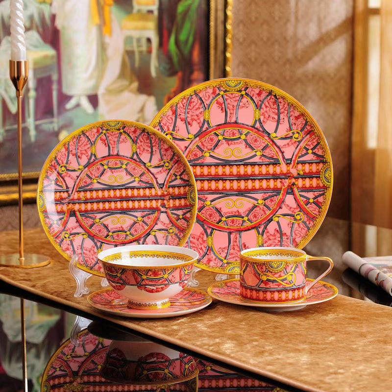 عالية الجودة العظام الصين فنجان القهوة غرامة الخزف الأسود فنجان شاي وطبق سكالا الجدول مجموعة هدايا الزفاف وهووسورمينغ
