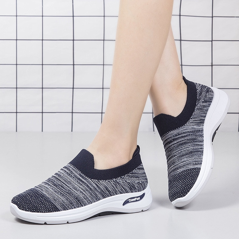 Spring and Summer New Lightweight Non-slip Soft-soled Middle-aged and Elderly Women's Shoes, Sports and Leisure All-match Shoes