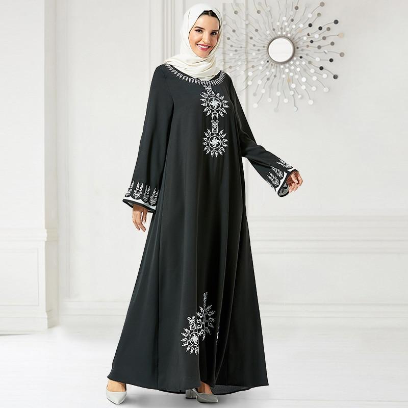 Siskakia Vintage Ethnic embroidered Long Dress Fall 2019 Plus Size Maxi Dresses Long Sleeve Arabian Muslim Women Clothing Black