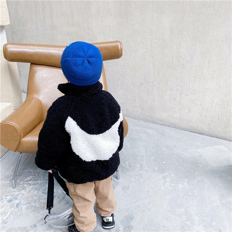 Уникальный детский комбинезон, зимняя хлопковая куртка для маленьких мальчиков и девочек, детское теплое кашемировое пальто из плотного флиса и ягненка в Корейском стиле-4