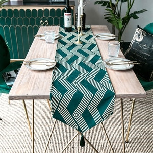 Table Runner Poly Cotton Blend Modern Simple Gray Stripe Nordic Deer Embroidery Fabric Tablecloth Mesa Party Decoration