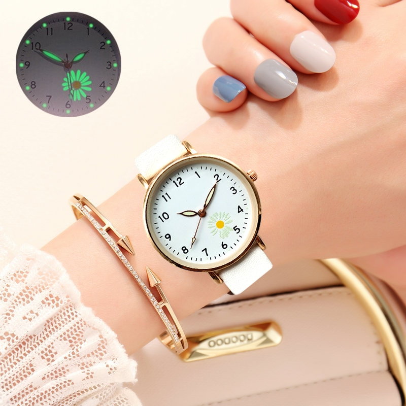 VSCO Small Daisies Watch Women Fashion Casual Leather Belt Watches Simple Ladies' Small Dial Quartz Clock Dress Women's watches best deal quartz watch women fashion tower pattern diamond dial watches men faux leather watch women s dress clock montre relo