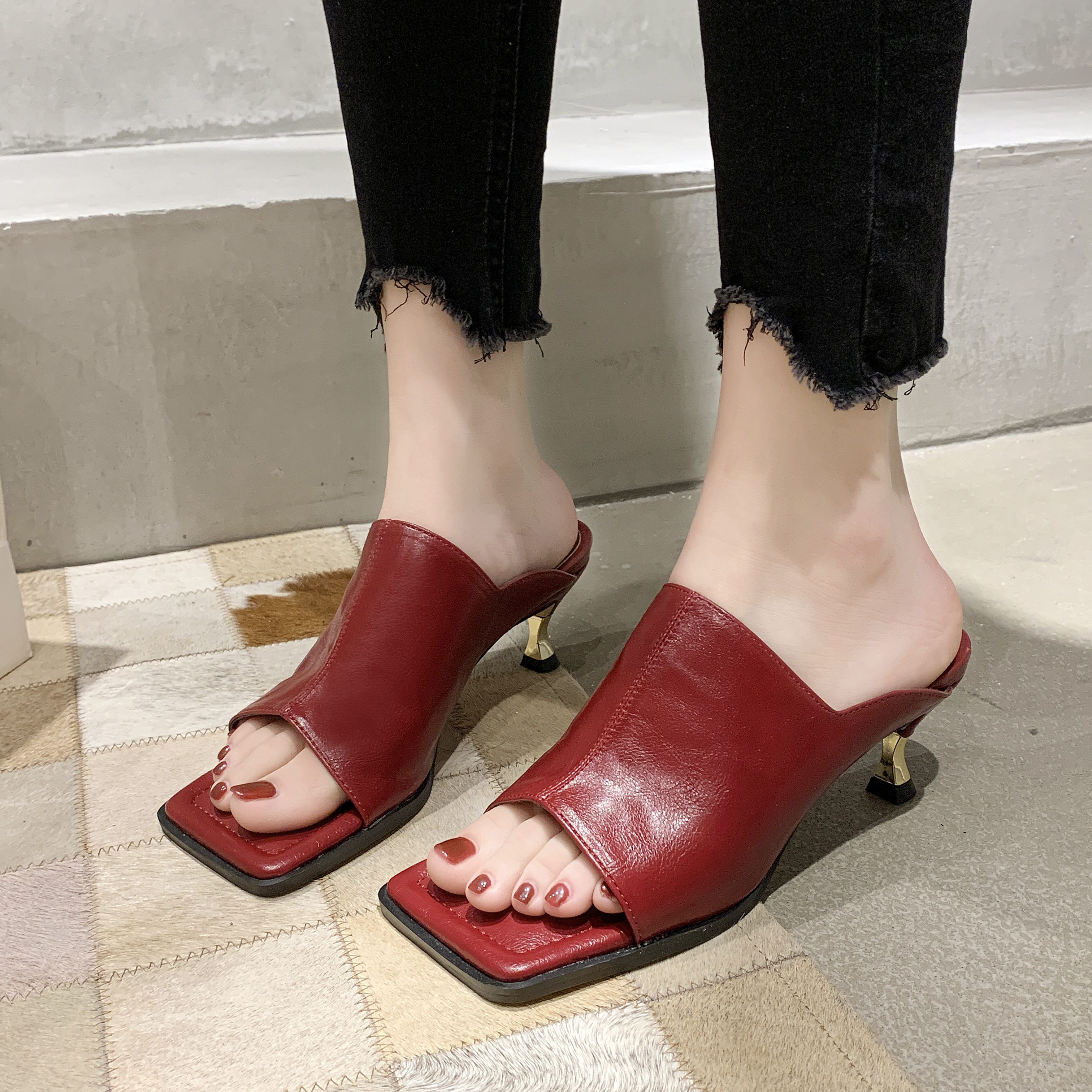 Hot Clip-auf Karree High Heels Sandalen Frauen Sexy Party Hausschuhe Frauen Flip-Flops Schuhe Frau Zapatos De mujer