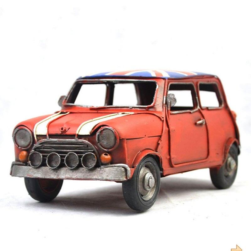 Aleación de Metal de alta simulación, adornos automotrices todoterreno, modelo de bandera clásica antigua, colección de coche fundido a presión, regalos para niños