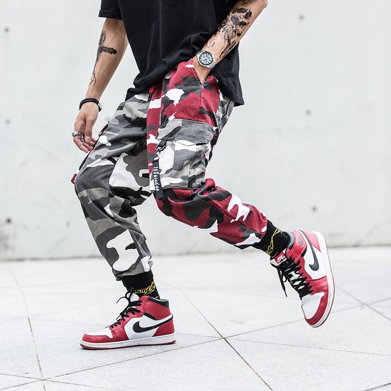 2020 Mens de moda empalme camisetas pantalones ropa informal estilo hip hop pantalones de camuflaje pantalones de hombres Camo pantalón para hombre tamaño M-XXL