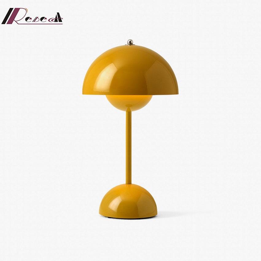 Danish designer desk lamp nordic postmodern study workbench creative flower bud girl bedroom bedside lamp