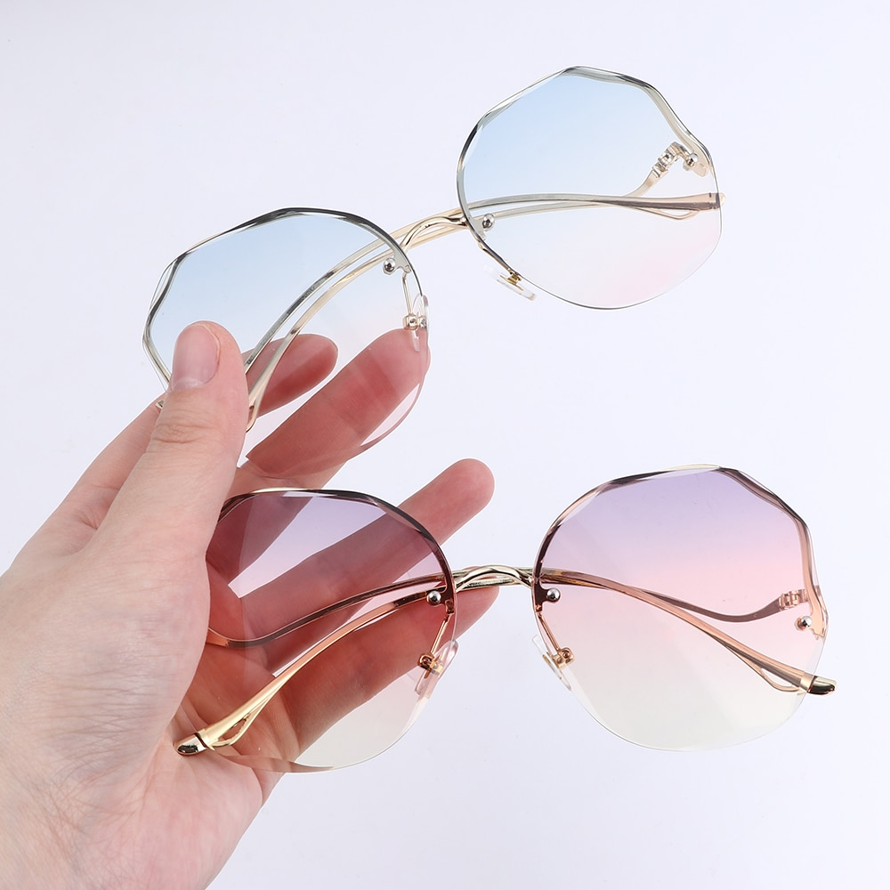 1PC 2021 Fashion Tea Gradient Sunglasses Women Ocean Water Cut Trimmed Lens Metal Curved Temples Sun