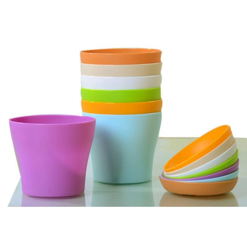8 pièces 4 pouces petits Pots de plantes Pots de fleurs en plastique coloré Pots de plantes dintérieur pour bureau maison bureau avec palette/plateaux (bleu, purpl