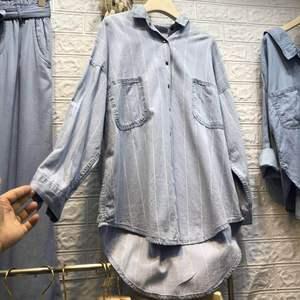 Женская однобортная блузка Vadim размера плюс, блузка в Корейском стиле, женская новая рубашка с простым отложным воротником и двумя карманами, в полоску спереди, 2020