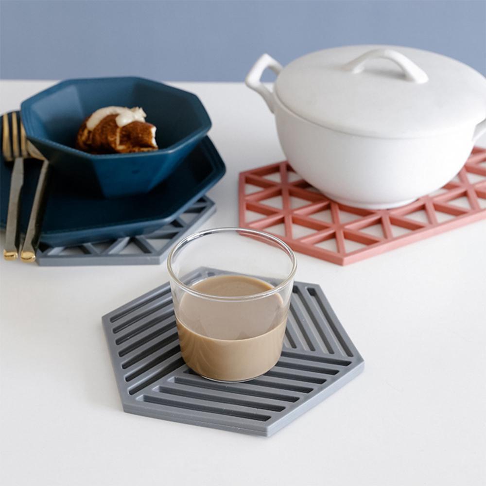 Шикарные скандинавские силиконовые войлочные подставки, чашки, шестигранные коврики, коврик, термоизолированная чаша, столовые приборы, домашний декор, настольный японский простой Настольный коврик