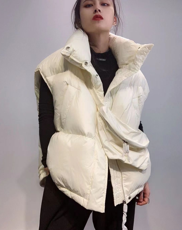 2021 الربيع والخريف جديد الموضة النسائية قصيرة الأبيض بطة أسفل سترة الكورية فضفاضة الوقوف طوق سترة