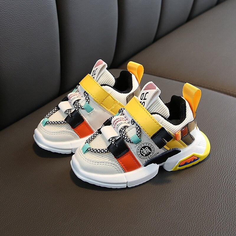 Nuevos zapatos para niños, coloridos y luminosos zapatos LED antideslizantes Han bianchao, zapatillas para niños de marca blanca