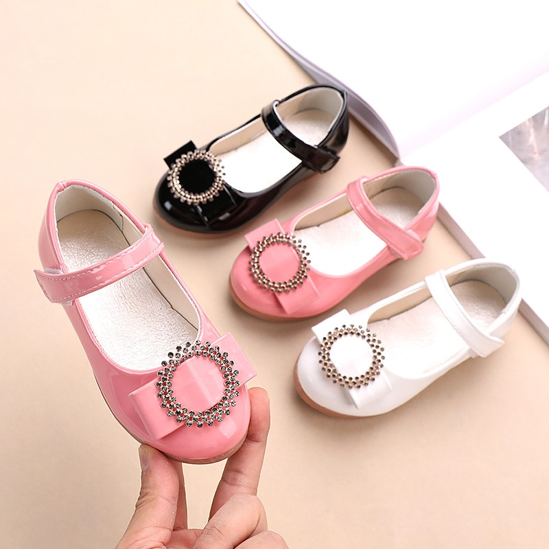 pink black red children girls shoes for kids student leather shoes school black dress shoes girls 4 5 6 7 8 9 10 11 12 13 14t black white Girls leather shoes Kids girls Rhinestones princess shoes chaussure fille pink black white 1 2 3 4 5 6 7 8 9 10-13T