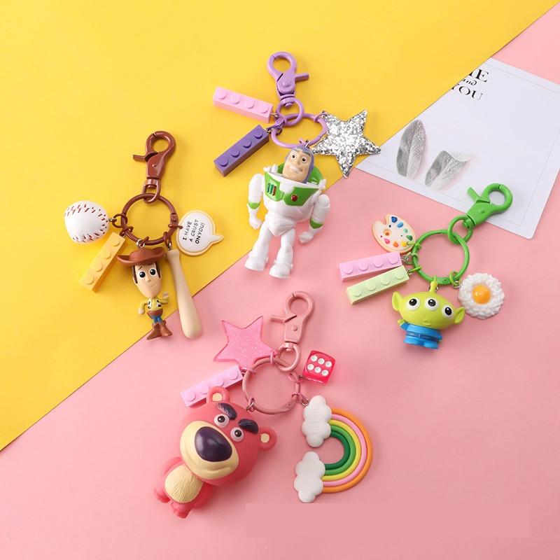 Gran venta de juguetes de la historia 4 leñosa de las figuras del año Lightyear llavero Mini Oso de la colección del Dragón estatuilla hombres mujeres llavero