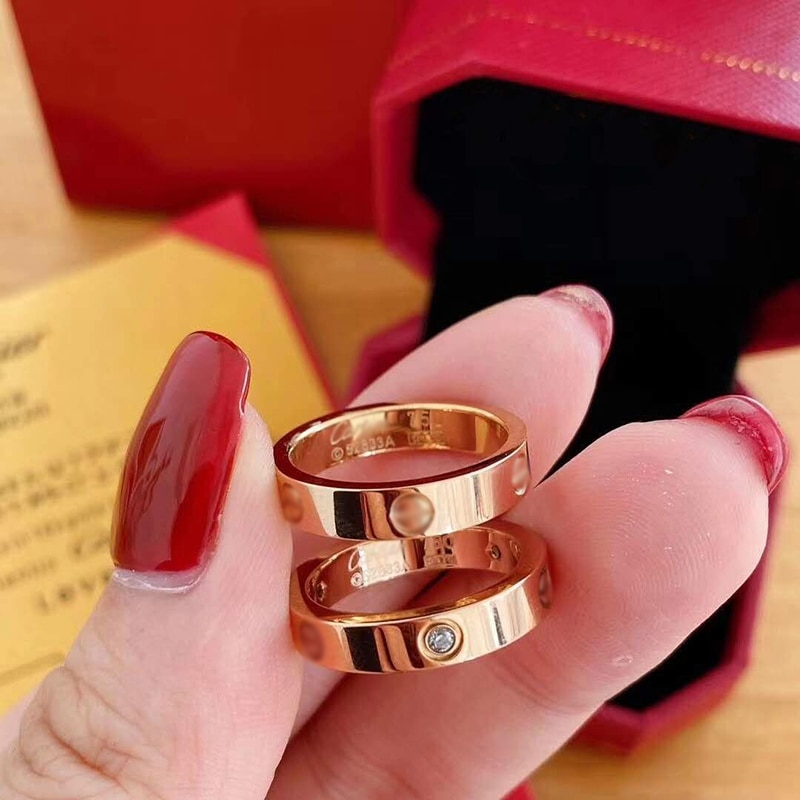 LOVE Ring for Womens Gold Couples Ring Fashion Crystal Screws Stainless Wedding Ring Men Gifts for W