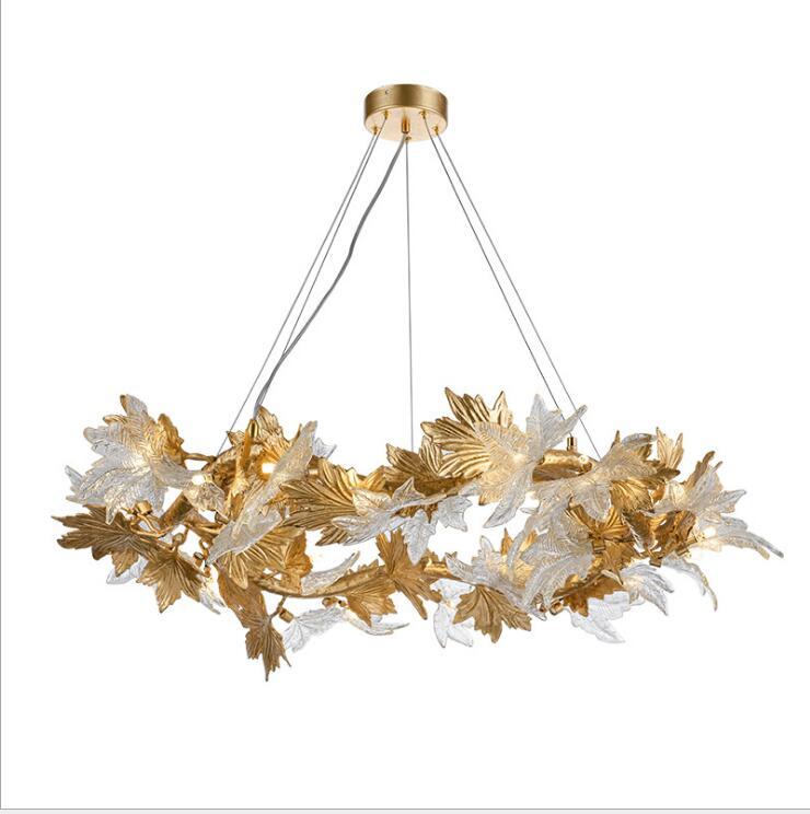 مصباح كريستال نحاسي ما بعد الحداثة ، تصميم إسكندنافي إبداعي ، متجر ملابس ، فيلا ، فندق ، ورقة القيقب ، نموذج غرفة ، ثريا