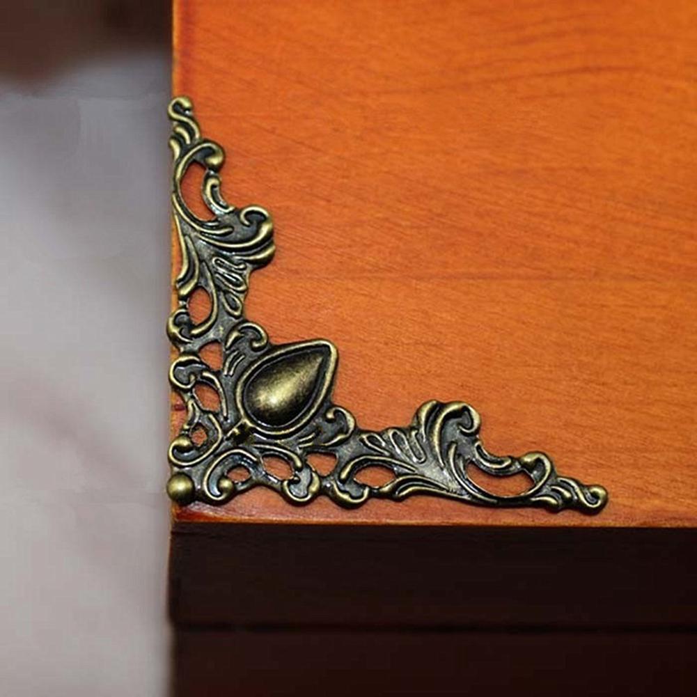 24 Uds joyería caja de hierro álbum caja de escritorio de esquina de guardia esquina etiqueta artesanía Retro casa Decoración