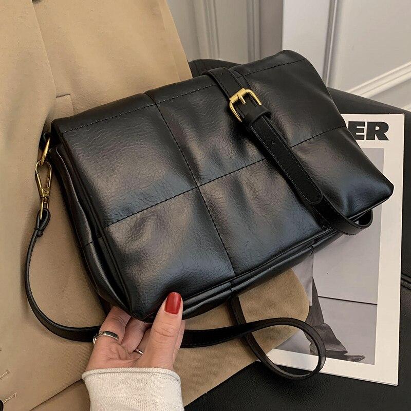 لينة بولي Leather حقائب كتف جلدية عادية للنساء 2021 منقوشة الصلبة موضة حقائب اليد الصغيرة وصفت مصمم حقائب كروسبودي