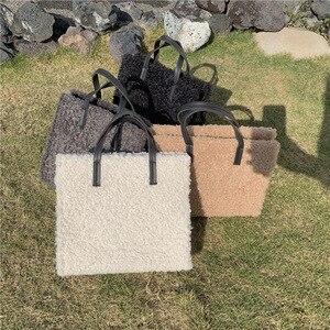 Fashion Lambswool Tote Women Shoulder Bag Casual Soft Plush Women's Designer Handbag Travel Crossbody Messenger Bag Female Purse