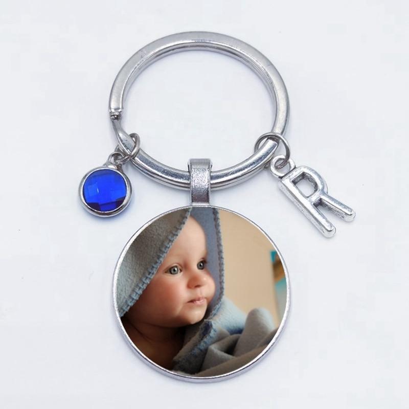 2019 personnalisé Photo 8 couleur cristal 26 lettre bébé à la main personnalisé porte-clés Photo papa maman grands-parents aiment un cadeau bijou