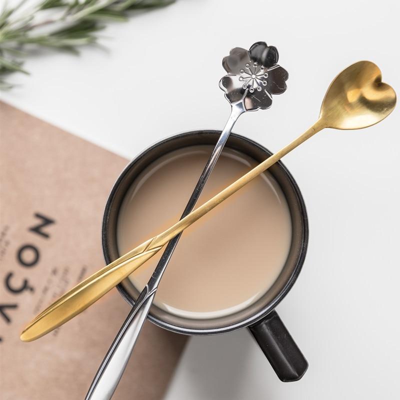 Encantadora cuchara de acero inoxidable con forma de flor, cuchara con mango largo, cuchara para helado, cuchara para mezclar café, cuchara para postre, cuchara pequeña