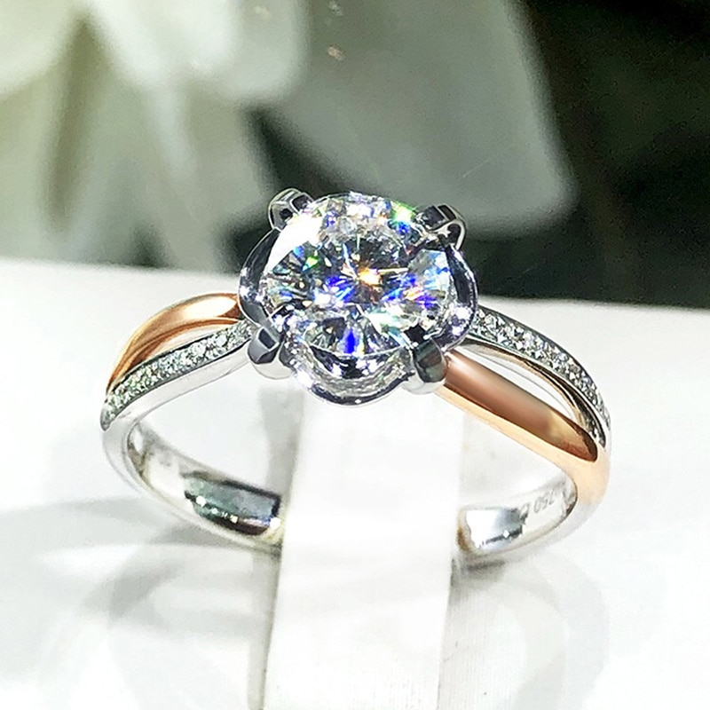 Luxury Two Color Rings Inlay Dazzling Moissanite Overlapping Design Fashion Jewelry For Women Wedding Engagement Statement Gift