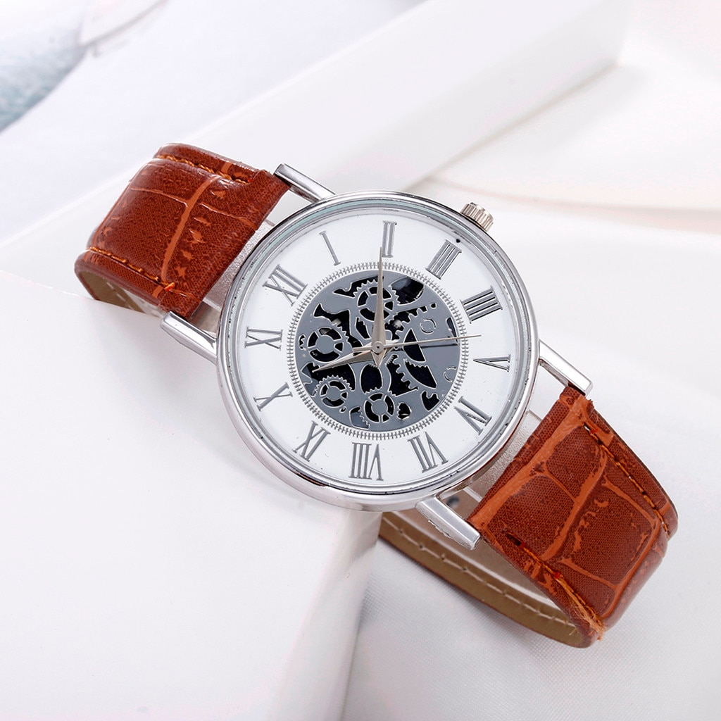 Retro Leather Watch For Men Hollow Designer Alloy Wrist Watches Classic Male Clocks Wristwatches Mon