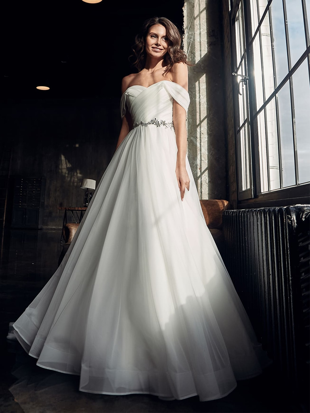 off-the-shoulder-crystal-beads-wedding-dress-princess-custom-made-ruched-pleats-off-white-plus-size-buttons-outdoor-bridal-gowns