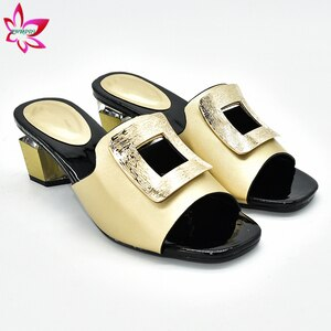 Classics Style Nigerian Women Shoes in Golden Color Italian Women Shoes For Party Slingback Sadals High Quality For Wedding