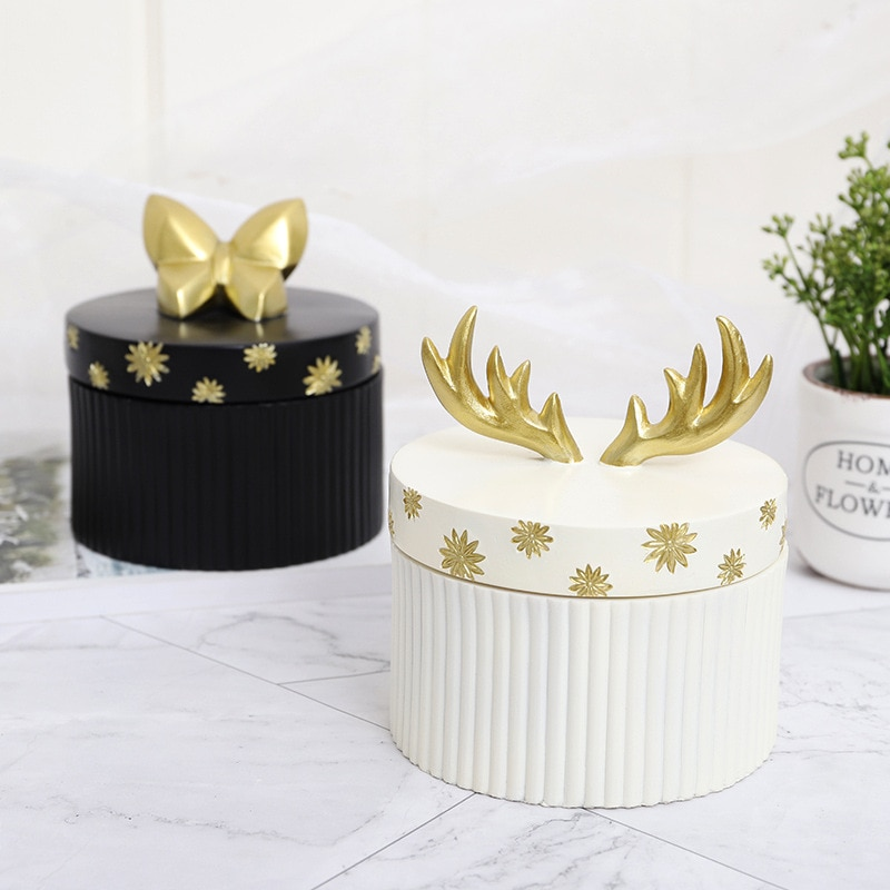 European Style Home Storage Box Creative Resin Crafts Jewelry Storage Ornaments creative bronze prancing horse resin craftwork european style commercial gifts home furnishing articles s473