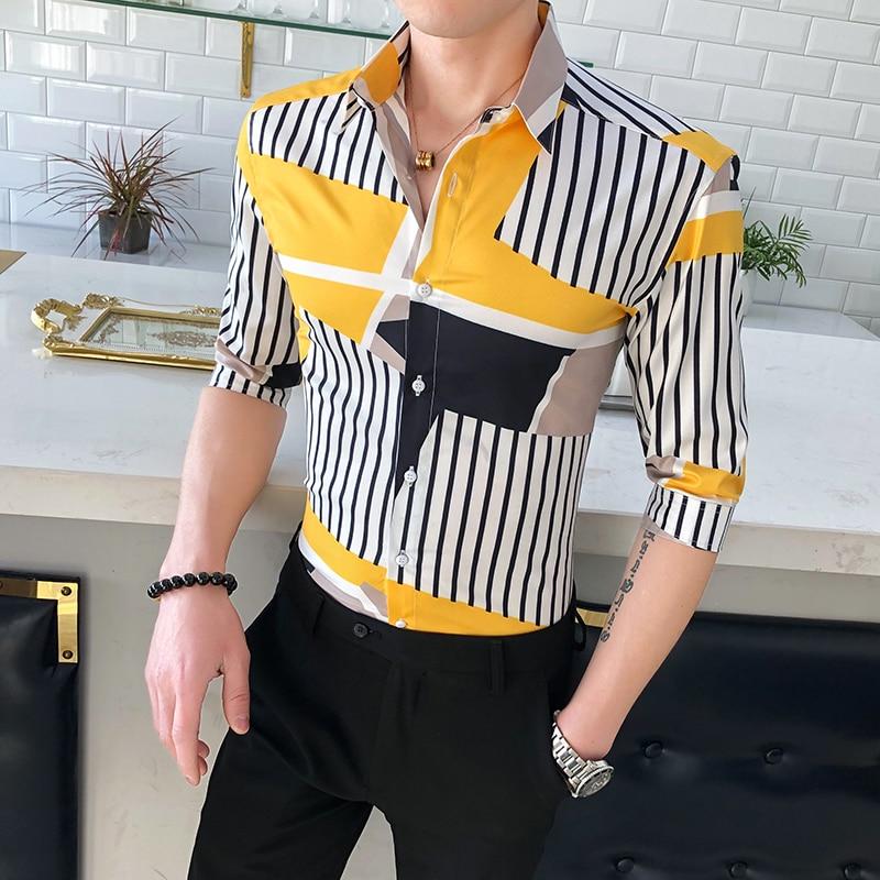 Estilo británico camisa de verano para hombres moda 2020 Streetwear camisas a rayas para hombres Slim Fit media manga camisa Casual ropa masculina 3XL-M