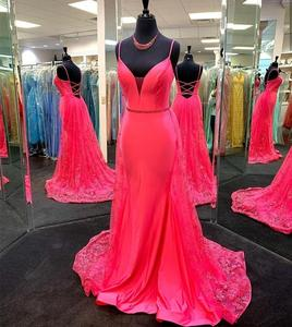 2020  prom dress v-neck floor lenth pink spaghetti strap lace backless formal gowns sleeveless women party gowns high quality