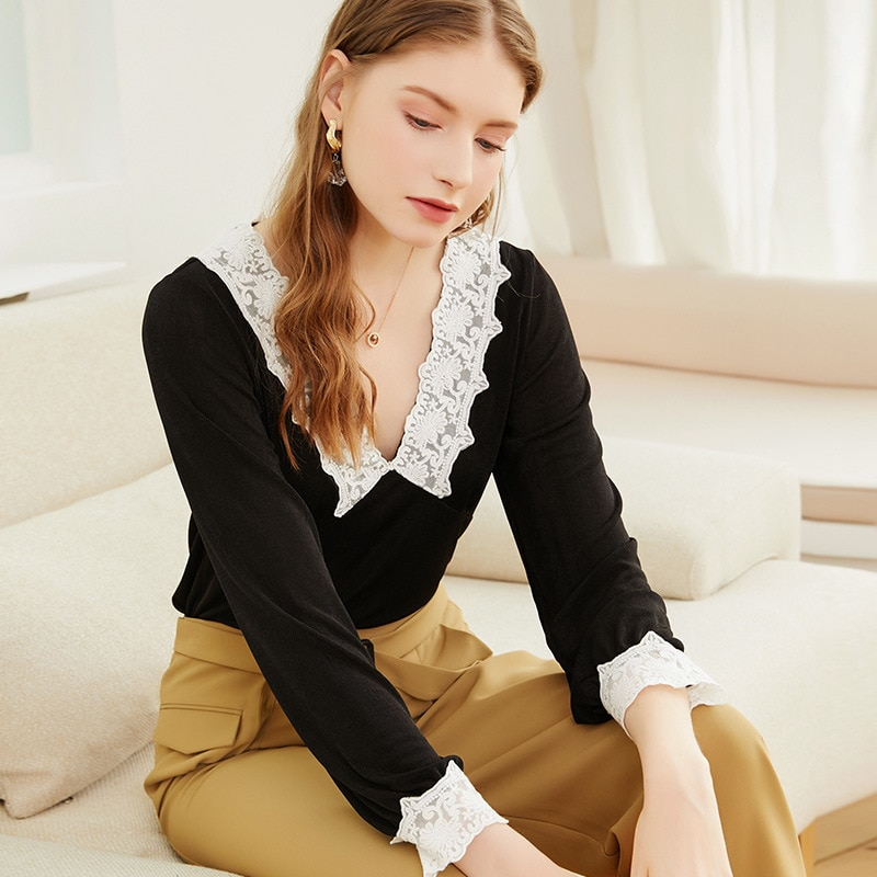 2021 spring and autumn new knitwear retro collage sleeve thin water soluble V-neck women's sweater