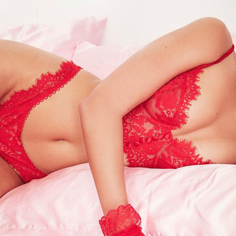 2021 New Lace Brassiere Lingerie Set Sexy Lingerie Women Underwear Set Eyelash Sex Lace Bralette + Panty Red Pink