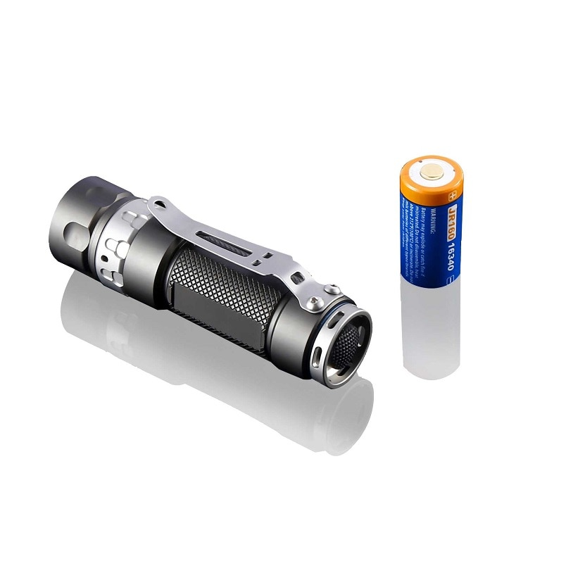 Jetbeam RRT01 RAPTOR Tactical Flashlight CREE XP-L /Nichia 219C 950 Lm Mini Rechargeable Flashlight by 18650 Battery for Camping enlarge
