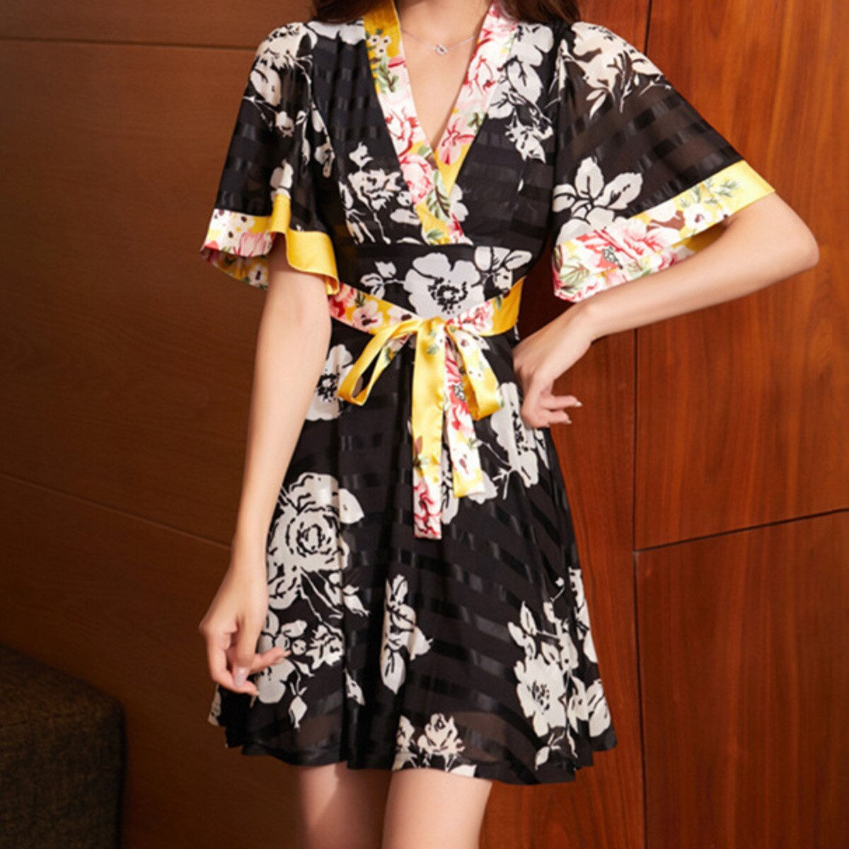 BacklakeGirls 2021 New Women Vintage V Neck Floral Print Bandage Kimono Mini Dress Female Chic Short Sleeve Casual Party Vestido