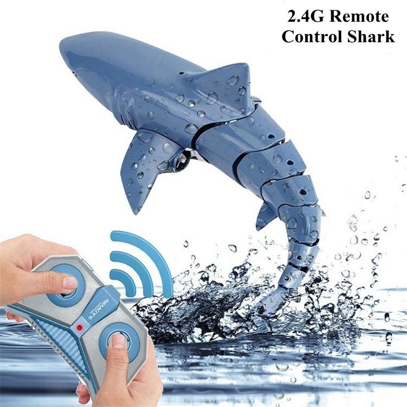 2.4G مقاوم للماء قوة قوية التحكم عن بعد القرش تحت الماء الروبوتات RC الحيوانات الكهربائية لعبة حمام لعبة الاشياء الرائعة أسماك القرش الغواصة