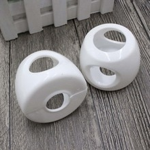 1PCS Plastic Safety Cover Doorknob Guard Protector Baby Protector Child Protection Products Anti-col