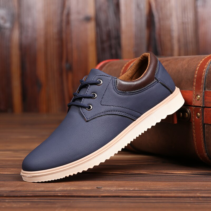 Neue Leder Schuhe männer Wohnungen Oxfords Schuhe Mode Design Männer Verursachende Schuhe Lace-Up Leder Schuhe Für Männer sneaker Oxford 336