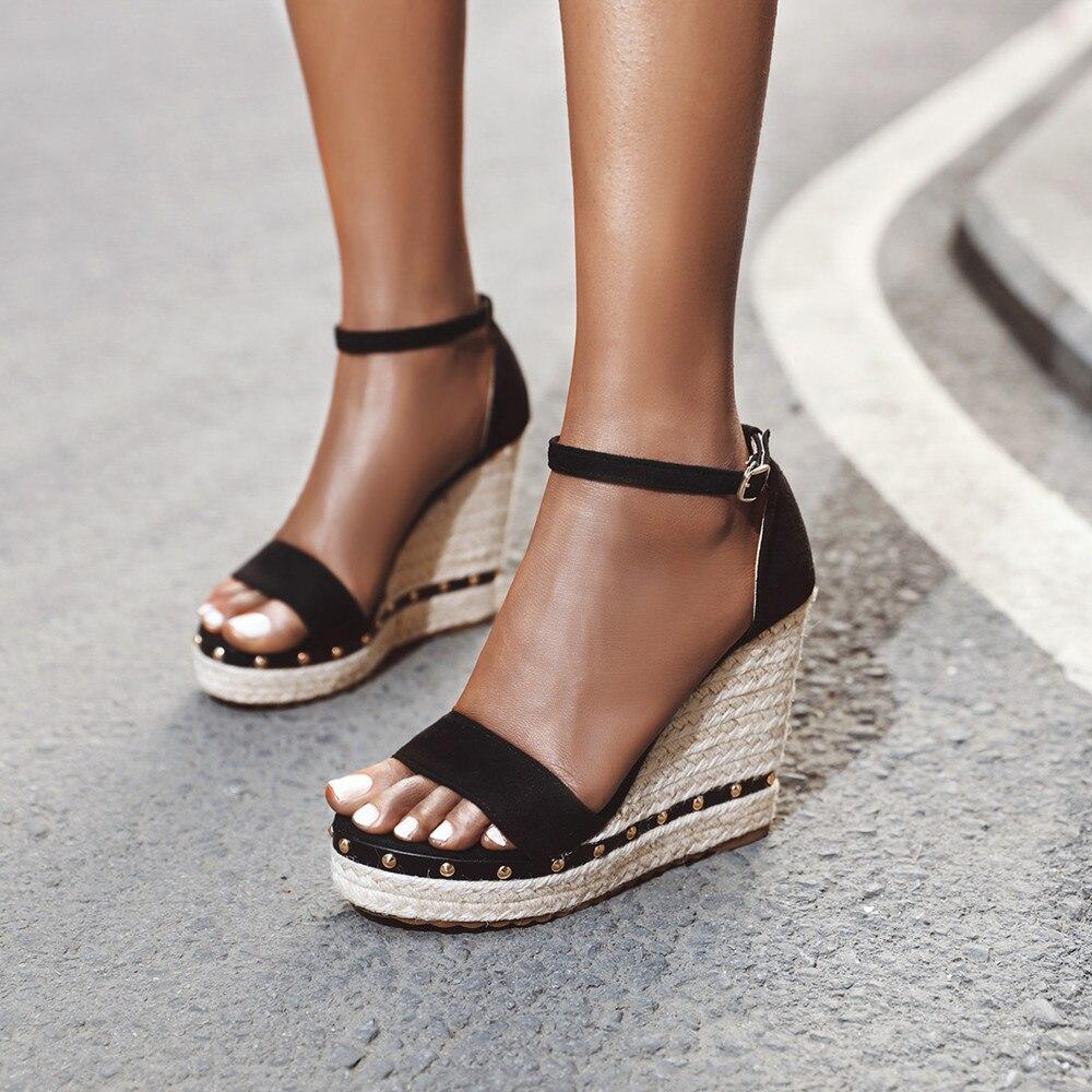 Sapatos de verão das mulheres sandálias plataforma salto alto tornozelo cinta senhoras sandálias rebite grama tecelagem calçados casuais sandália feminina