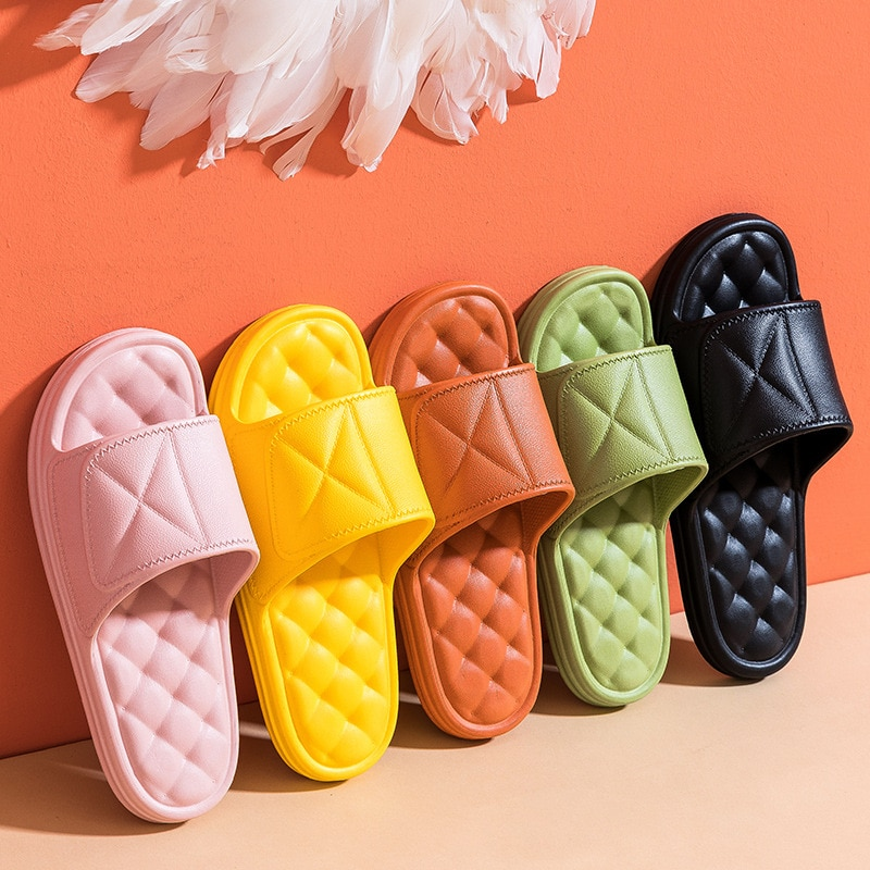 new fashion winter women men slippers bottom soft home shoe cotton thick slippers indoor slip on comfortable shoe slippers Women Summer Slippers Thick Bottom Indoor 2021 New Home Slides House Bathroom Non-Slip Soft Massage Sole Cool Slippers
