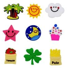 1 pz decorazione scarpa fibbia Charms albero di cocco sole nuvola faccia stella trifoglio pomodoro dolore per croc bracciali regali di compleanno per bambini