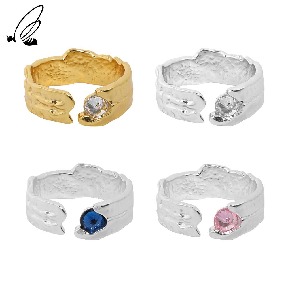 Женское-кольцо-из-серебра-925-пробы-с-мелким-цирконием