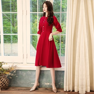 Party Dresses O-neck Ruched Botton Three Quarters Sleeves Burgundy Knee-length Zipper Simple Plus size Woman Party Dress A069