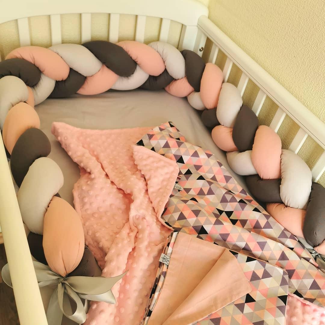 1 metro de la cuna del bebé parachoques de la cuna del bebé de felpa anudada cuna del bebé parachoques almohada de la cama Protector del parachoques