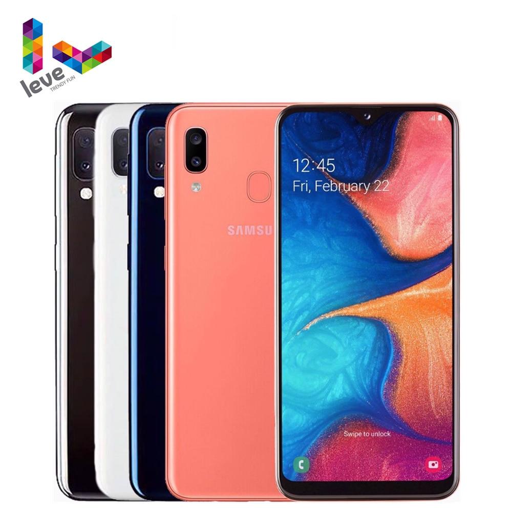Перейти на Алиэкспресс и купить Глобальная версия Samsung Galaxy A20e A202F/DS 2SIM мобильный телефон 5,8 дюймпикселей, 3 Гб оперативной памяти Octa Core 2 камеры 13MP 4 аппарат не привязан к оператор...