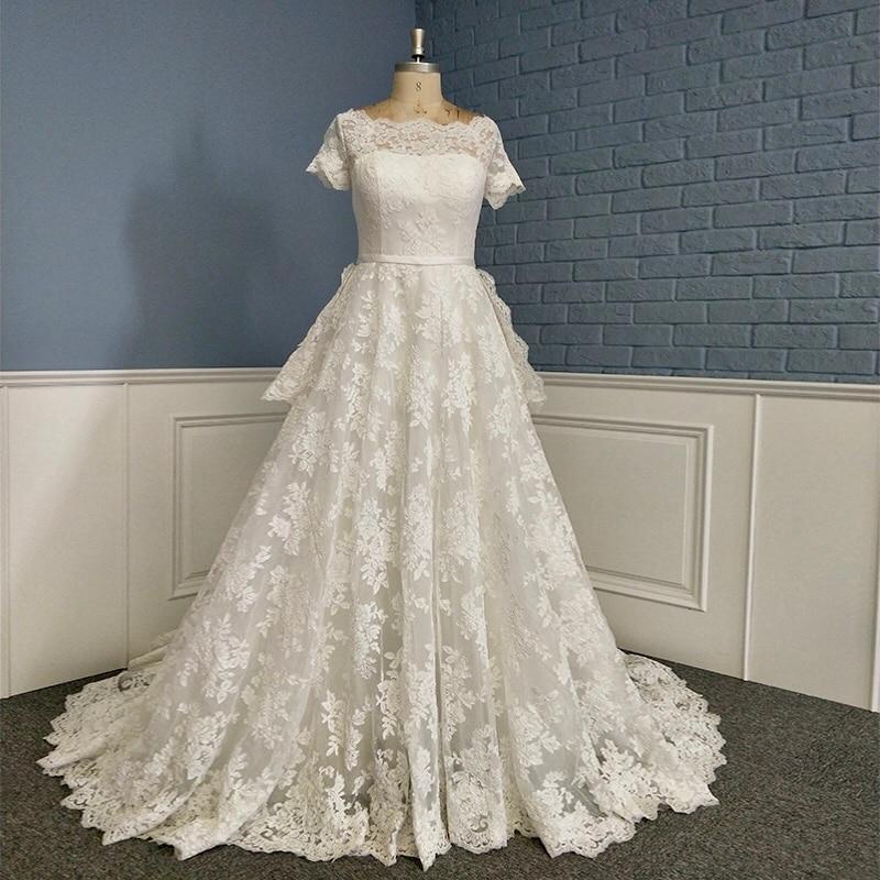 2020 Latest Design Princess Boat Neck Short Sleeve Lace Wedding Dress Bridal Gown
