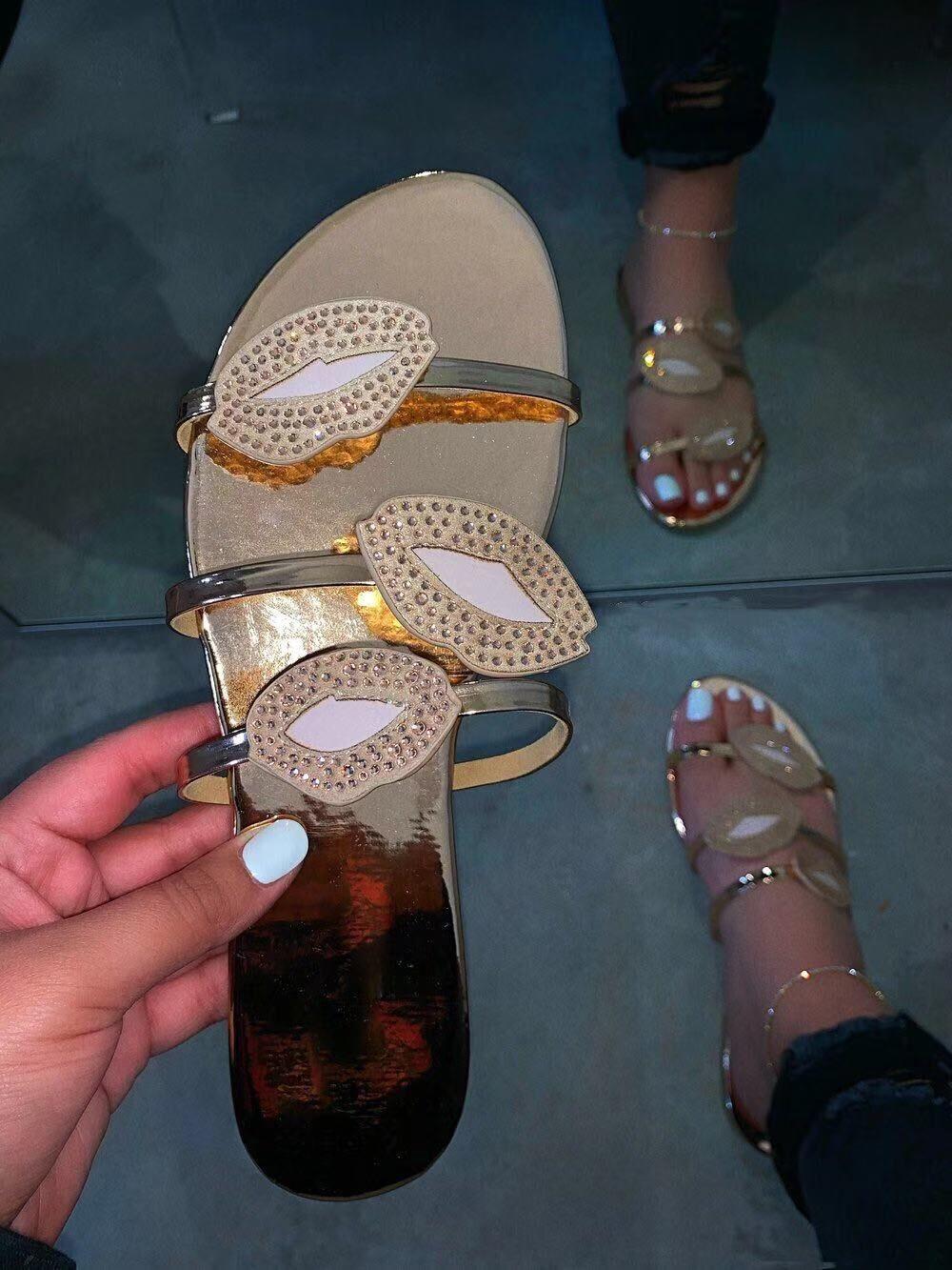 ¡Venta directa de fábrica 2020! ¡Nuevo! Zapatillas de clip dedos de diamantes con Destello labial cómodas y versátiles de gran tamaño al por mayor