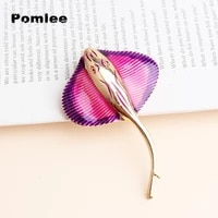pomlee 3 colors enamel manta ray fish brooches for women men sea biggest fish party animal brooch pin gifts whosales